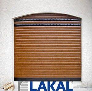 Porte de garage enroulable LAKAL vendue et installée par Aquitaine Fermetures Portails - Gironde - Léognan - 33